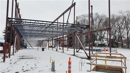 Photo of Prairie Avenue school construction.